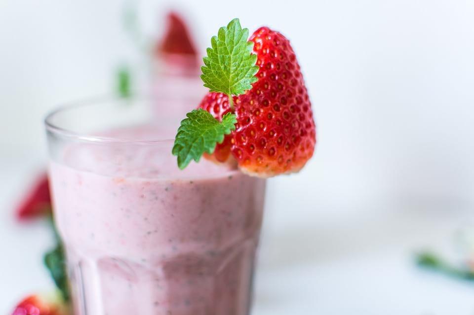 Como hacer batido de leche y fresas