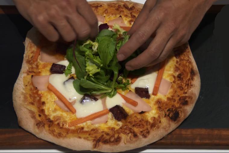 Como hacer pizza de cabalaza con queso de cabra